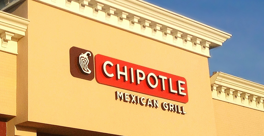 chipotle racism lawsuit