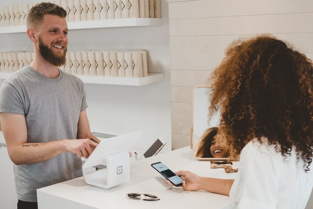 Webinar - Connecting Customer Experiences and Employee Experiences: CX Innovation in 2021