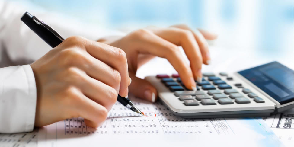 cropped-finance-accounting-services-2