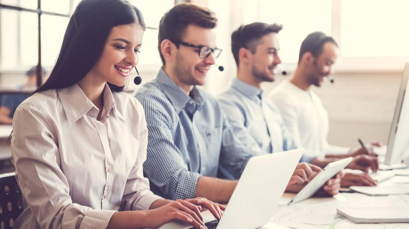 Webinar - New Year, New Customer Expectations: How To Transform Your Virtual CX, Featuring Vari
