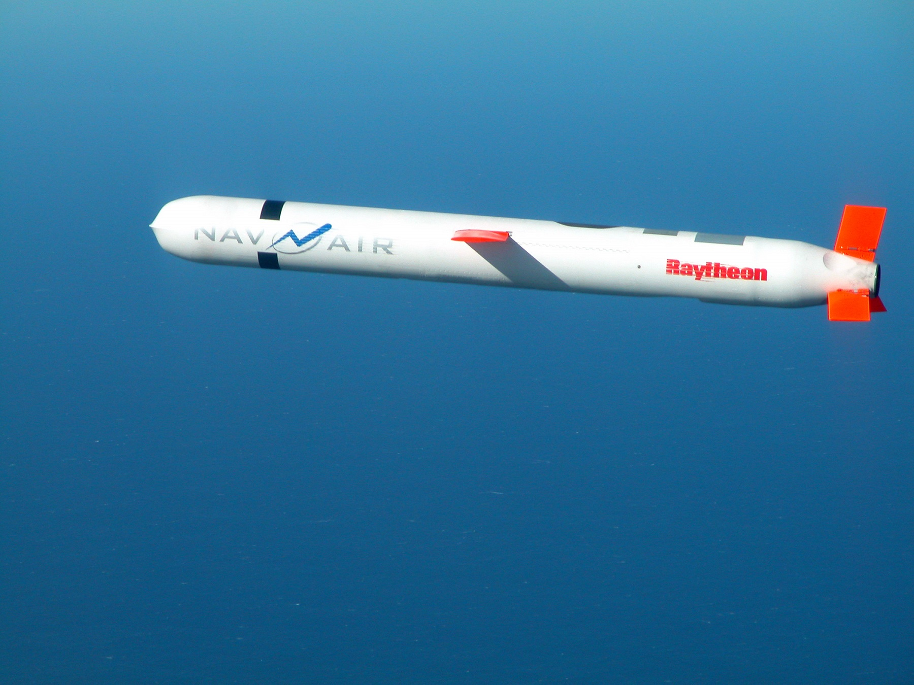 A subsonic US Tomahawk missile - Source: US Navy