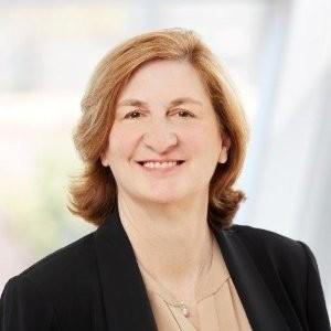 Oracle VP Finance Loren Mahon