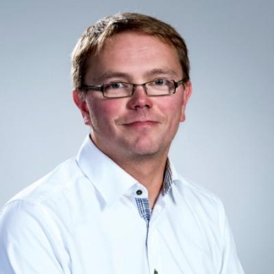 Dr. Kewin Stoeckigt