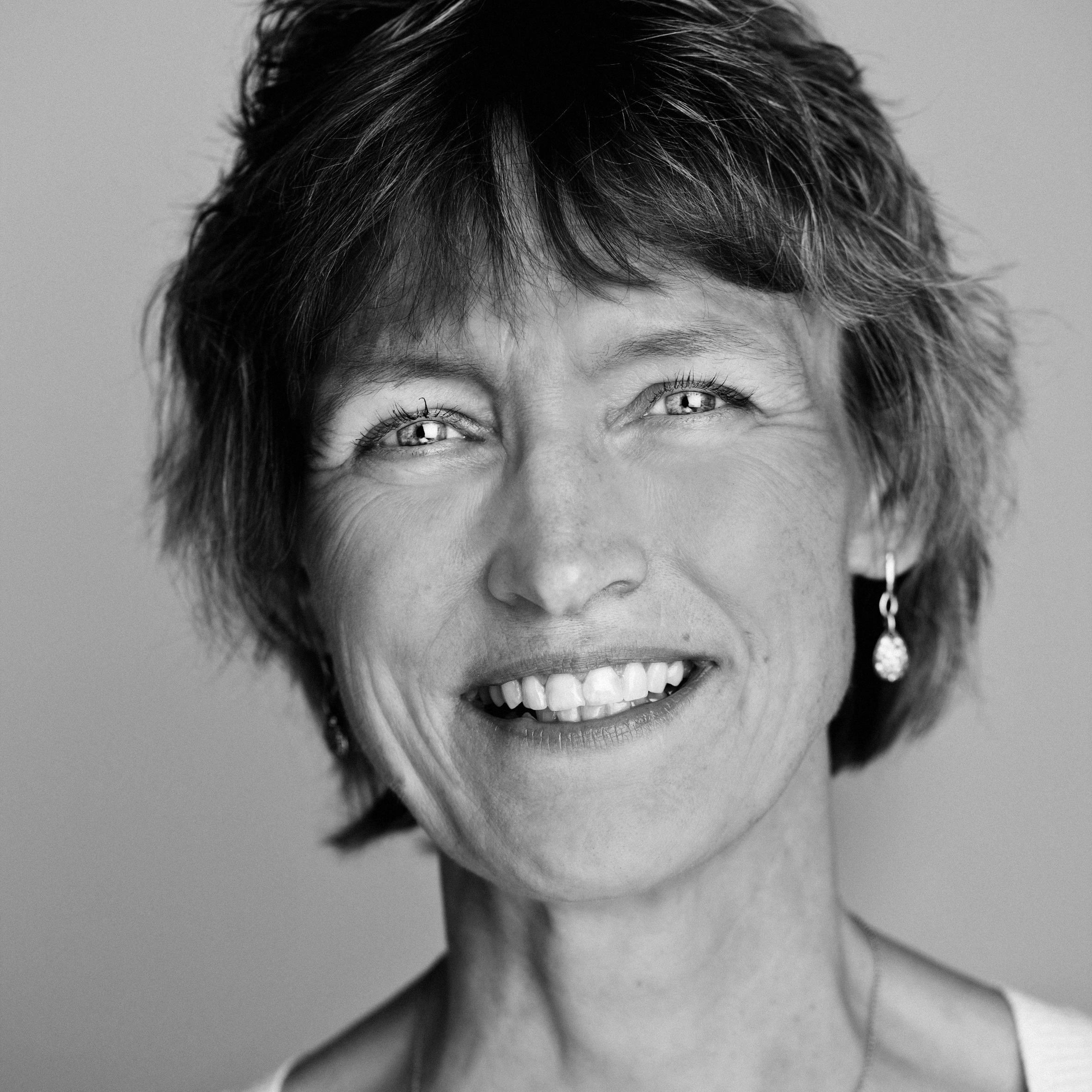 Anette Broløs