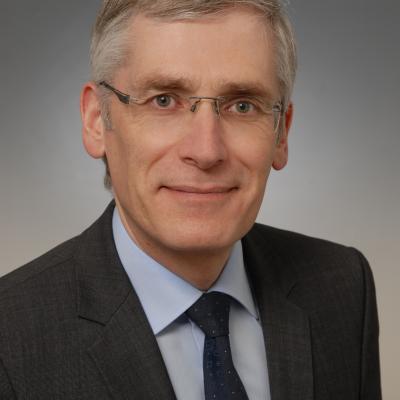 Dr. Christoph Steffens