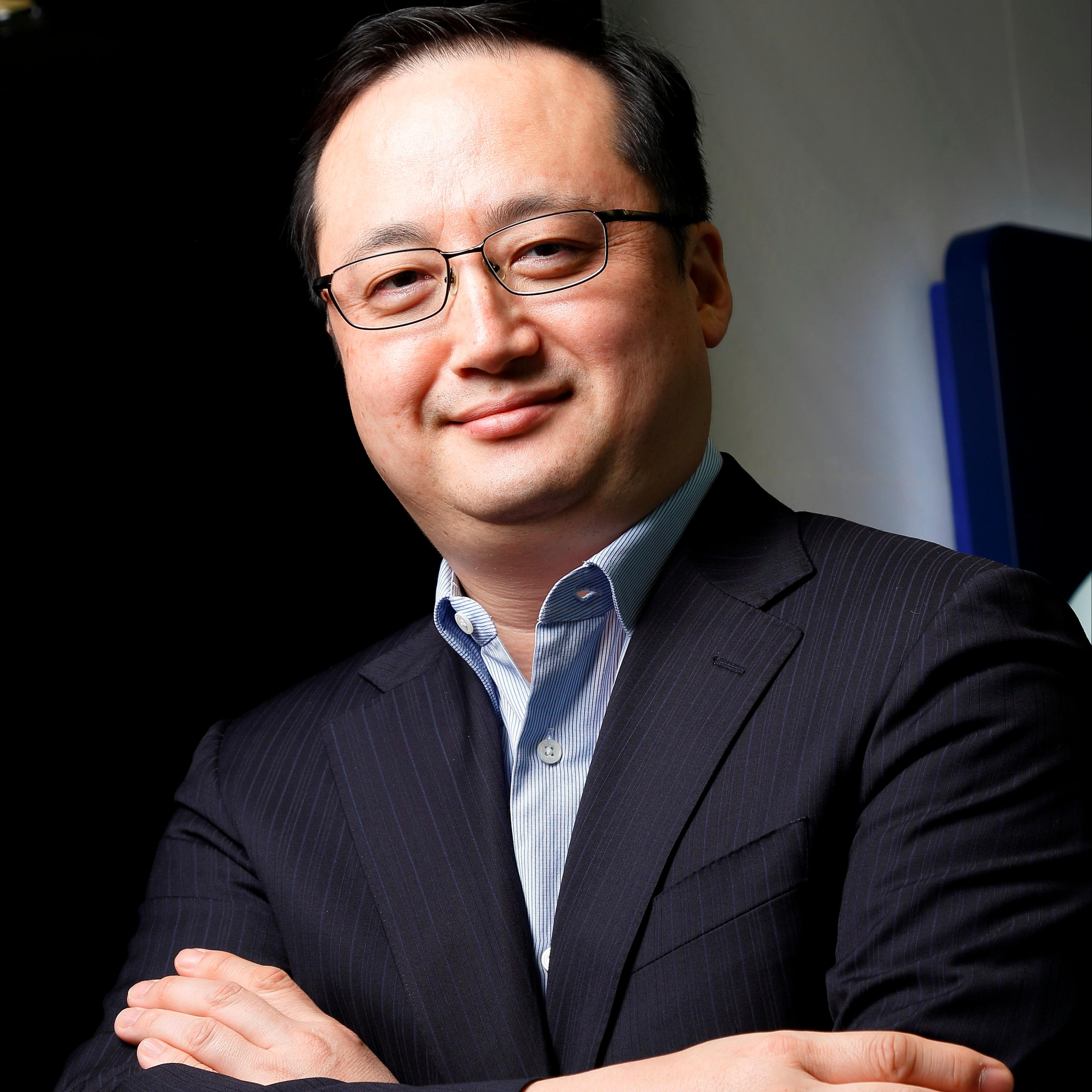 Mr Thomas Choi