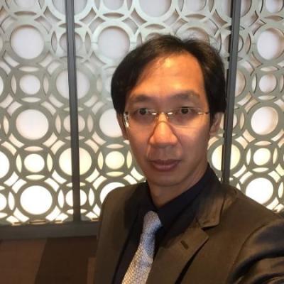 Dr. Nibong Ungkurapinan