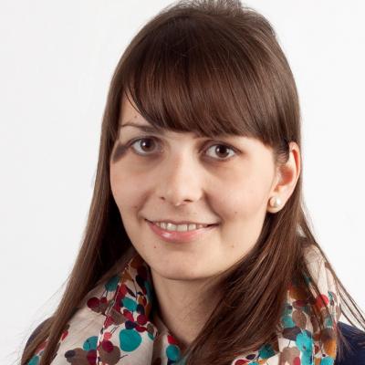 Dr. Jelena Frtunikj