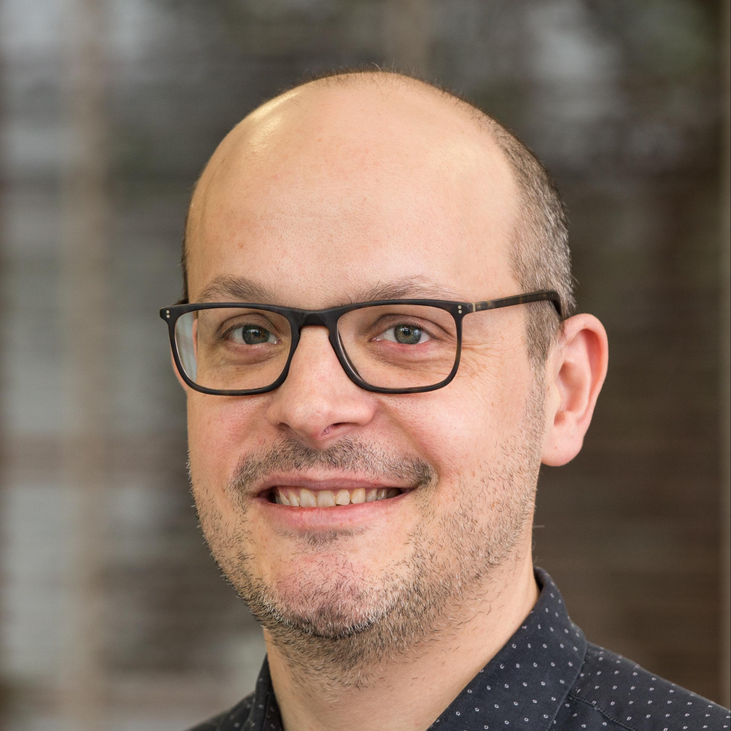 Dr Felix Bübl