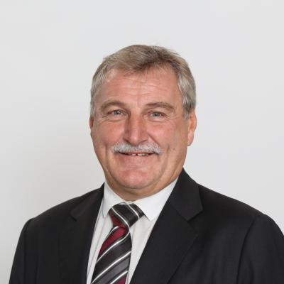 Mr Josef Palme