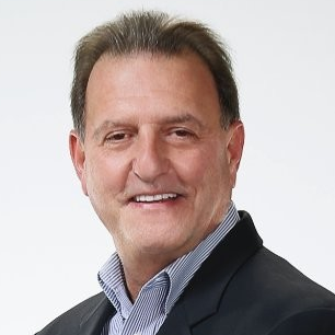 Dennis Dienno, Vice President of Global Service Parts Planning at Dell EMC
