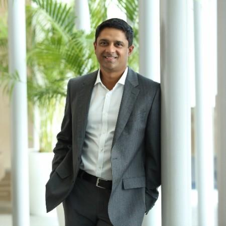 Naveen Gullapalli