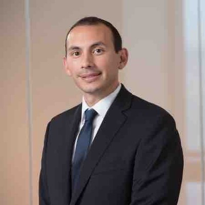 Manuel Hayes, Vice President, Senior Portfolio Manager of Trader and Fixed income at Mellon
