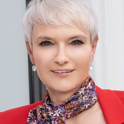 Sonia Wedrychowicz, Digital Transformation Practitioner and Thought Leader at Former Head of Technology Transformation JPMorgan Chase and COO Digital Bank at DBS Singapore