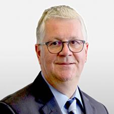 Dr. Ulrich Naujokat