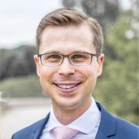 Dr. Julian Krumeich
