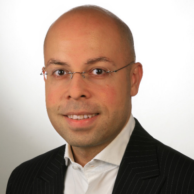 Navid Nazemian, Global Head of HR - Group Finance at Vodafone