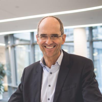 Dr. Lars Reinkemeyer, Vice President of Business Intelligence at Siemens AG