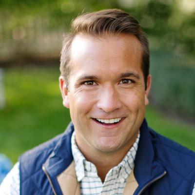 JR Linne, Industry Go To Market Director at Salesforce