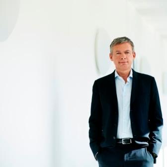 Dr Roland Schutze, Director of Marketing Healthcare at FedEx