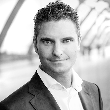 Vincent Vloemans, Head Global IT, CFO Domain at Heineken
