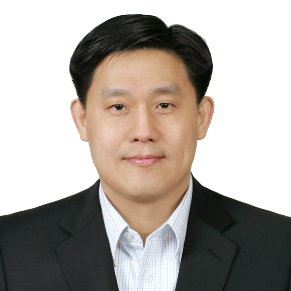 Alexander Joramsa, Chief Financial Officer, Asia Pacific at Alcon