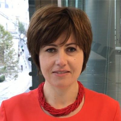 Roxanne Litynska