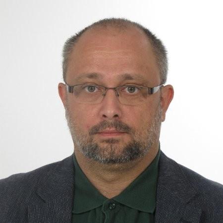 Dr. Rafael Zalman