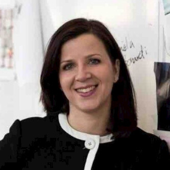 Elena Aylott, Senior Director of Employee Experience at Oriflame Cosmetics