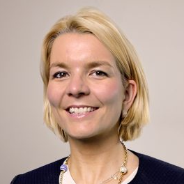 Julia-Caroline Schmidt, Head of China Business at windeln.de