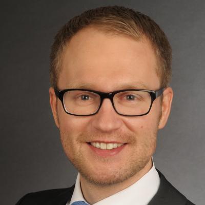 Dr. Daniel Winkel