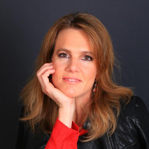 Claire d'Escayrac Ekindi