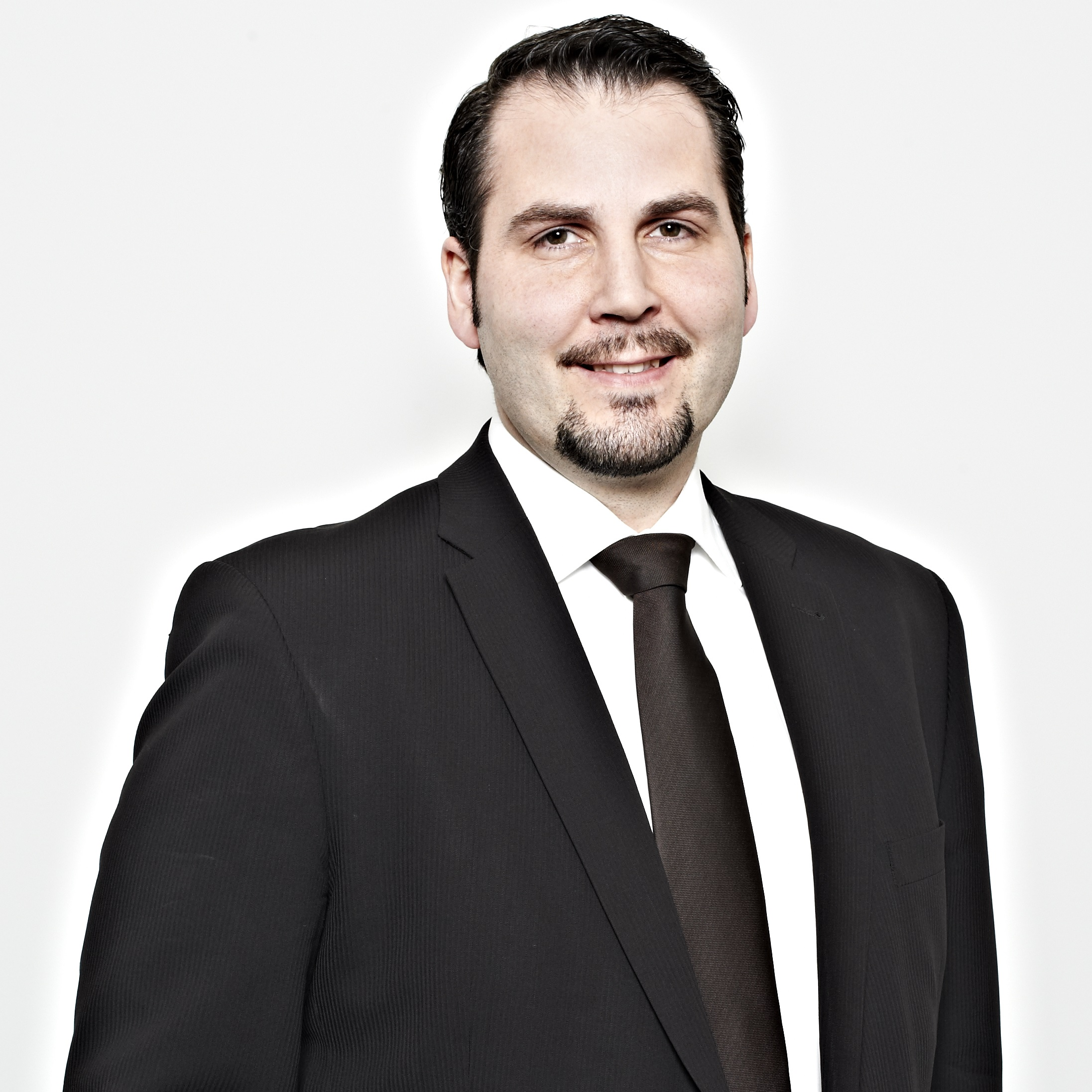 Dr. Matthias Postina