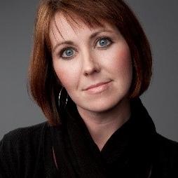 Amanda Wolff