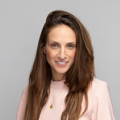 Noa Cohen, VP Marketing Communication & Content at GlassesUSA