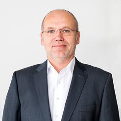 Dr. Ulrich Czubayko
