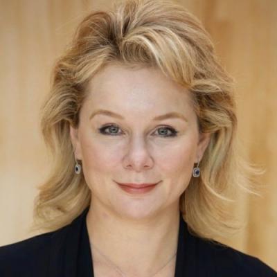 Elena Warburton
