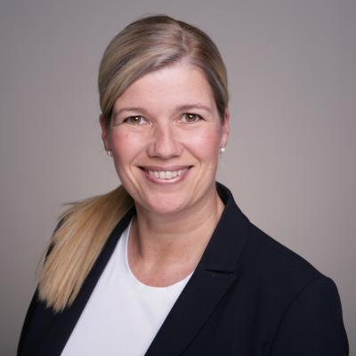 Dr Cora Lüders-Theuerkauf