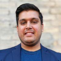 Munir Pathak