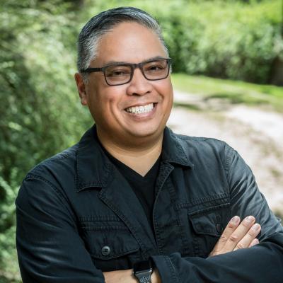 Manolo Almagro, Managing Partner at QDivision, a Stratacache Company