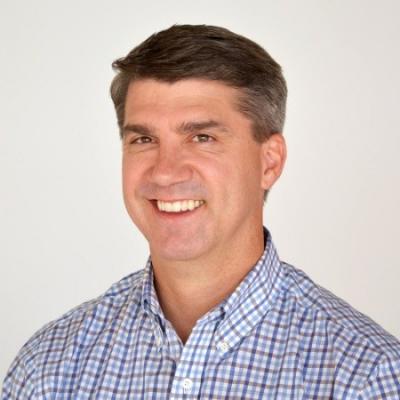 Scott Sobera, VP of Sales at Help Lightning