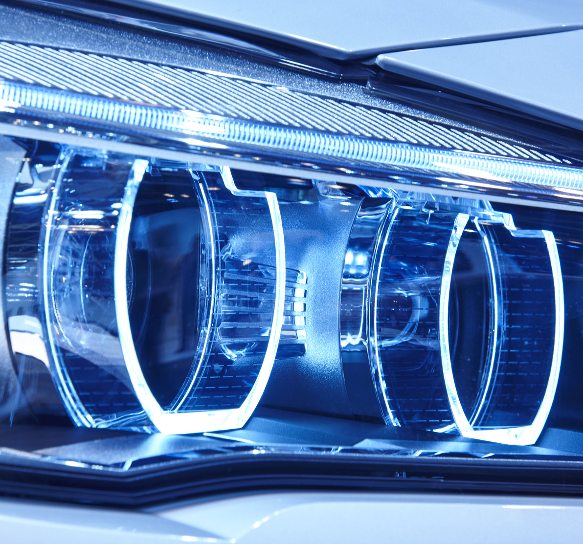 The Future For Led And Oled Automotive Lighting