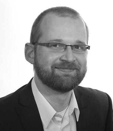 Dr. Andrzej  Holdyk