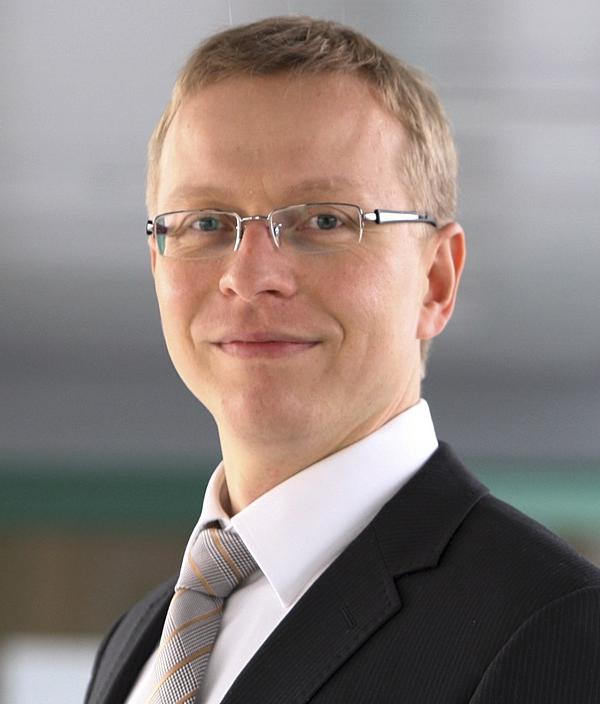 Dr. Sami  Hautakangas