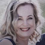 Linda  Dewar