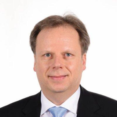 Dr. Oliver Braitmayer