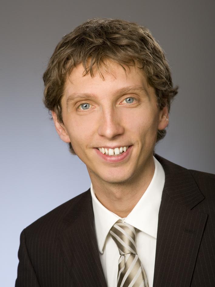 Dr. Florian  Hutter