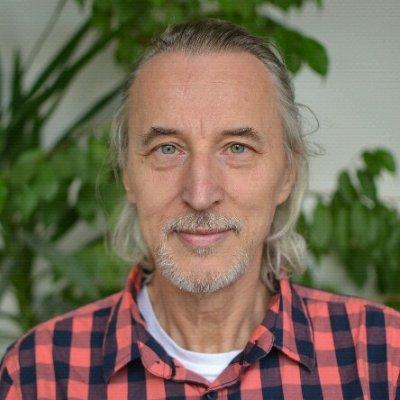 Jiri  Celikovsky