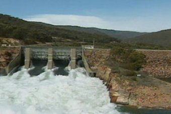 High country NSW towns already seeing impact of Snowy Hydro 2.0