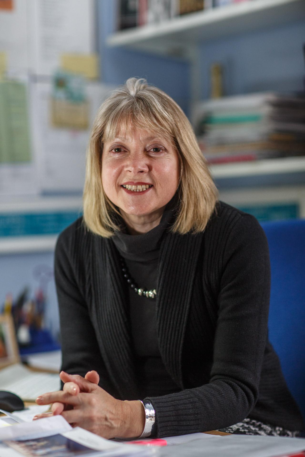 Dr Louise Naylor PFHEA, FLF